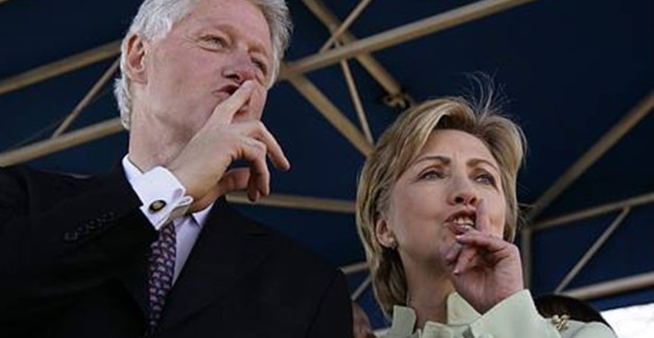 5 times the Clintons have escaped federal charges
