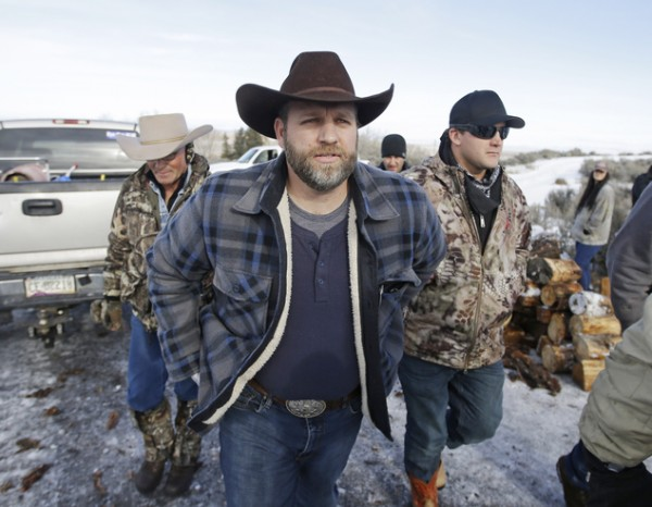Image: Brighteon.com: Pete Santilli tells of how Trump pardoned Oregon ranchers who occupied wildlife refuge